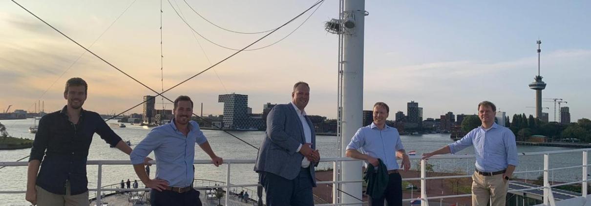 From left to right: (Blue Orange Wave) - Hein Schaap (Customer & Partner Success), Bouke Bergsma (Learning & Development), Tim Lodder (CEO). (Redgrasp) – Menno Vergeer (CEO) and Frans Van Camp (CTO).